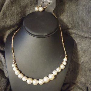 Gold and White Bead Necklace Set J-73